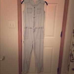 Xhilaration Other - Denim-style sleeveless summer jumpsuit