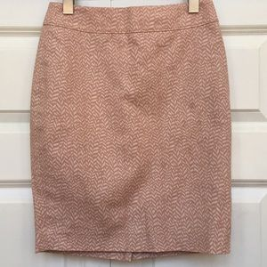LOFT Dresses & Skirts - Ann Taylor LOFT Soft Pink Cotton Pencil Skirt EUC