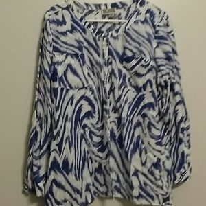 JM Collection Tops - Cute blue and white tunic Plus size