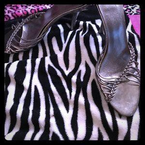 Tip Toey Joey Shoes - Sandal Heels 👠