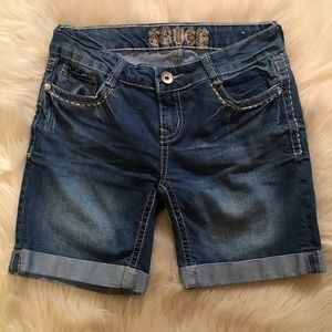 Truce Pants - Truce Denim Cuffed Shorts Size 5 Like New