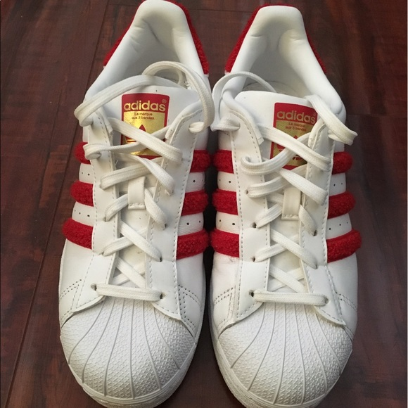 quite nice 71465 569a1 Red furry stripe adidas superstars new