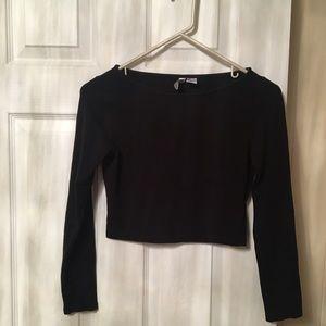Tops - Crop black top