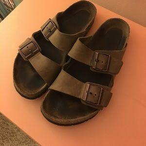 7e2c3a2e054 Birkenstock Shoes - Birkenstock Arizona sandal unisex 41   265