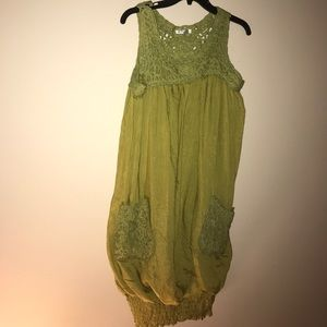 Grand Style Dresses & Skirts - Shinny green pocket dress elastic bottom STYLE Lrg