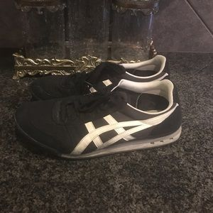 Onitsuka Tiger Other - Onitsuka Tiger ultimate 81 sneakers black & white