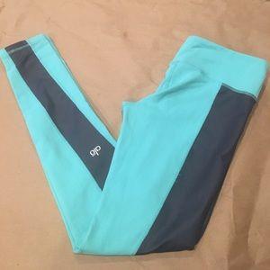 ALO Yoga Pants - Alo leggings. Mint green/ gray.