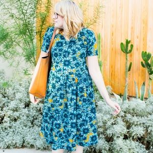 LuLaRoe Dresses & Skirts - LuLaRoe Amelia Dress in Blue Daisy Print
