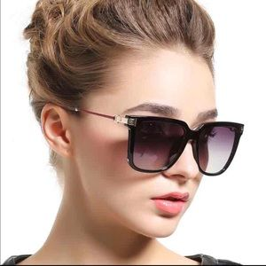 58851e92e085 Accessories - Ladies luxury sunglasses