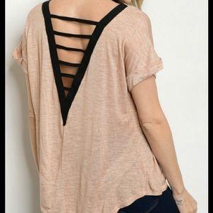Threadzwear Tops - Relaxed fit V-back Tee