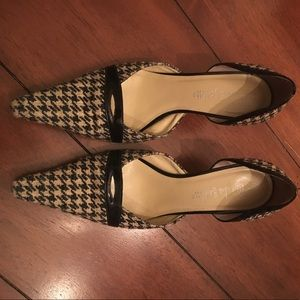 Alexandra Bartlett Shoes - Houndstooth pattern cloth pump style shoe