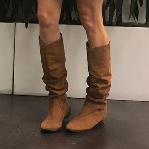 🔥Suede faux boots 7.5