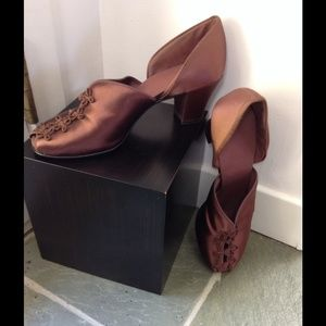 Shoes - Beyond Devine, vintage style shoes.
