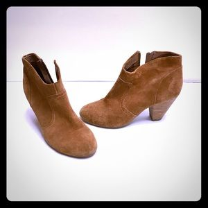 Aldo Shoes - Aldo brown suede booties; ankle boots
