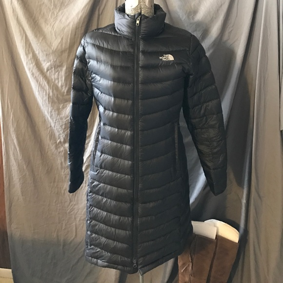 5b24804d3 The North Face long puffer jacket medium women's