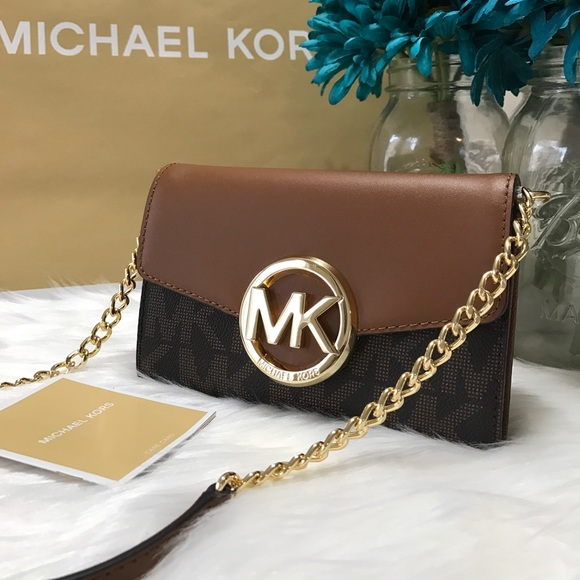 89ab830ff25197 Michael Kors Bags | Phone Crossbody Hudson Brown | Poshmark
