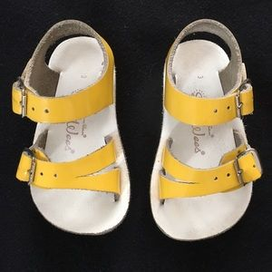 Salt Water Sandals by Hoy Other - Sun-San Salt Water Sandals Sea-Wee size 3 yellow