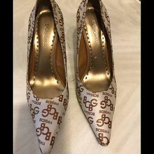 BCBG Shoes - Womans BCBG Shoes