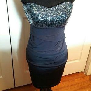 Speechless Dresses & Skirts - Speechless navy bandage dress with sequins