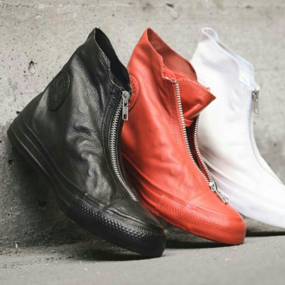 3c74f18c0c93 ⭐SALE⭐ NWT Converse Shroud Leather Hi Top Sneakers