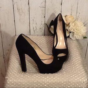 Zigi Soho Shoes - NWOB Zigi Soho Platform Peeptoe Heels Black Suede