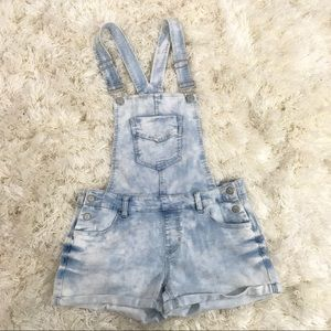 Acid wash overall  short size 9