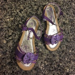 Ositos Other - Girls lavender strappy sandals, size 12