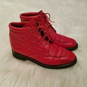Bally Shoes - Ultra Rare Vintage BALLY Red Quilted Boots !!