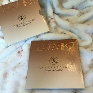 Anastasia Beverly Hills Other - ABH Glow Kit in Sun Dipped