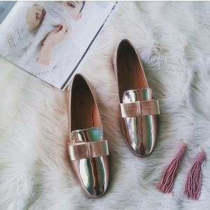 //The Lolita// Rose Gold bow loafer