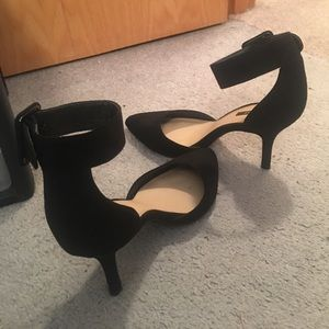 Strap Pointed Toe Heels
