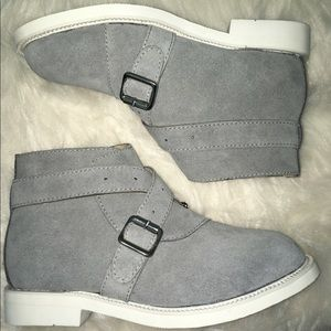 F-Troupe Grey Suede Ankle Boots With IOB Size 37/7