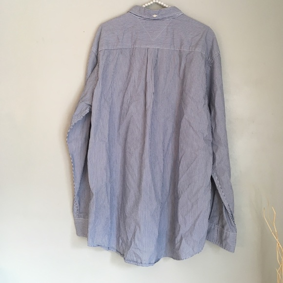 97 off tommy hilfiger other tommy hilfiger classic fit for Tommy hilfiger vintage fit shirt