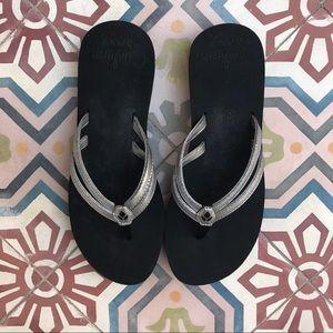 Reef Shoes - REEF FLIP FLOPS SLIDES SANDALS SIZE 8