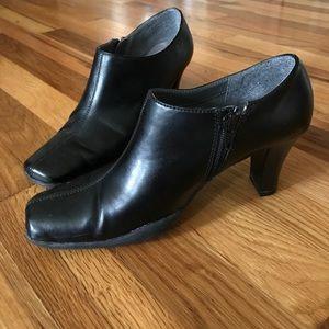 A2 By Aerosoles Shoes - Black zipper booties
