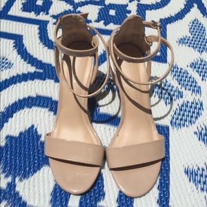 Kelly & Katie Shoes - 🌼SALE🌼 Nude Strappy Wedges