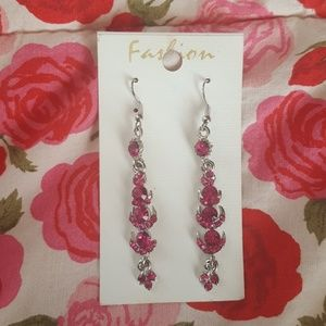 Jewelry - Pink stone earrings