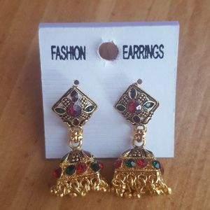 Jewelry - Gold Indian earrings
