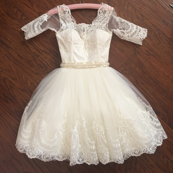 Pina Wedding Gown: 31% Off Chotronette Dresses & Skirts
