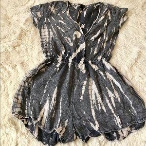 Swell Dresses & Skirts - Swell Romper size medium