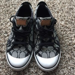 coach coach size 9 black leather shoes from s