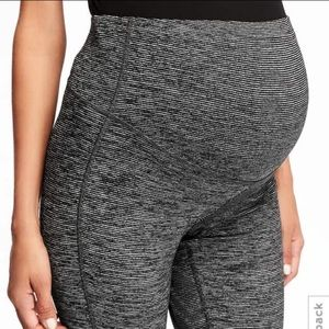 Old Navy Pants - Old Navy Full Panel compression tights