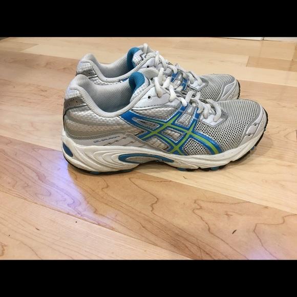 Women's Asics Gel Galaxy 4 Running Shoes size 6.5