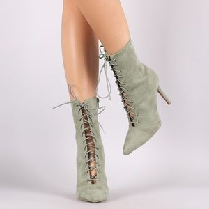 Qupid Shoes - ❗️ⓢⓐⓛⓔ❗️FAUX SUEDE KHAKI POINTED ANKLE BOOTIES