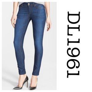 DL1961 Denim - DL1961 Jeans Emma Legging 26 Soft Denim PENN Wash