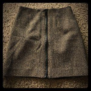 Stylish winter mini skirt - worn once!