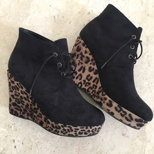 Shoes - Black & Leopard Print Booties