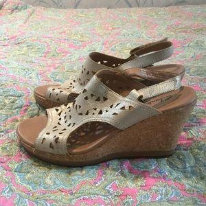 Clarks Shoes - Clarks Sandals 8M