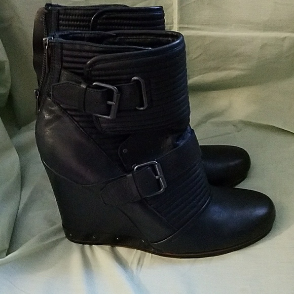 94 dolce vita shoes dolce vita black leather wedge