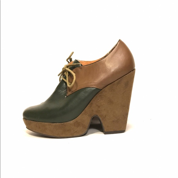 94% off Cooperative Shoes - Cooperative green & tan ...